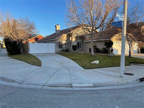 Photo of 39946 Milan Drive, Palmdale, CA 93551 (MLS # 21000314)