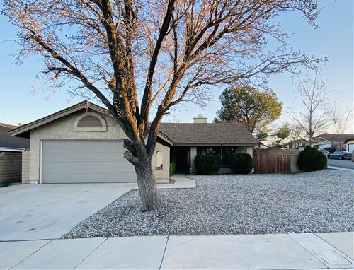 Photo of 2608 Summer Lilac Drive, Palmdale, CA 93550 (MLS # 20001321)