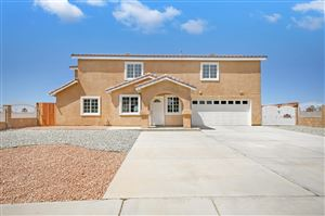 Photo of 815 Lois Lane, Lancaster, CA 93535 (MLS # 19009330)