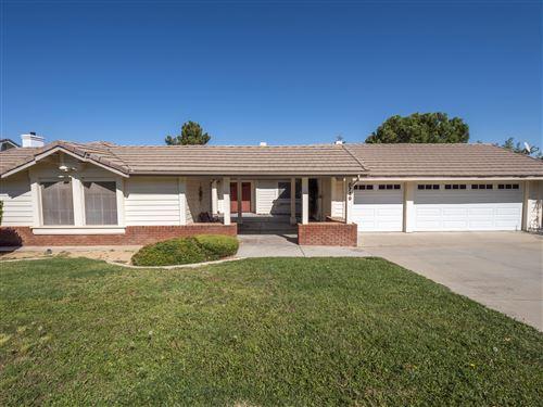 Photo of 5749 Redwood Avenue, Palmdale, CA 93551 (MLS # 20008341)