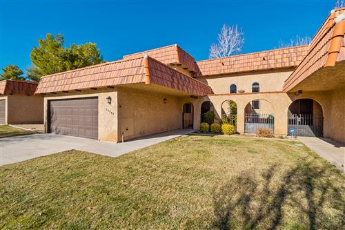 Photo of 39955 Golfers Drive, Palmdale, CA 93551 (MLS # 20000363)