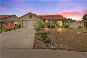 Photo of 4045 E Avenue R6, Palmdale, CA 93550 (MLS # 19009364)