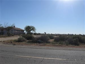 Photo of 180 Ste Vic Ave P12, Palmdale, CA 93591 (MLS # 19004373)