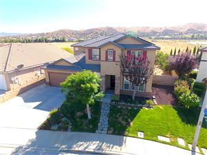 Photo of 3800 Vitrina Lane, Palmdale, CA 93551 (MLS # 19010374)