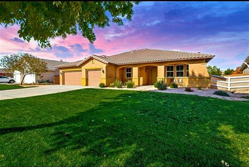Photo of 1745 Whitlatch Drive, Lancaster, CA 93535 (MLS # 20009375)