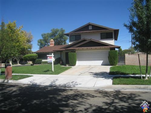 Photo of 2353 W Avenue J12, Lancaster, CA 93536 (MLS # 20000387)