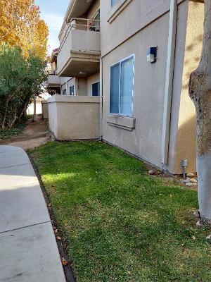 Photo of 2815 W Avenue K12 #Apt 171, Lancaster, CA 93536 (MLS # 20009387)