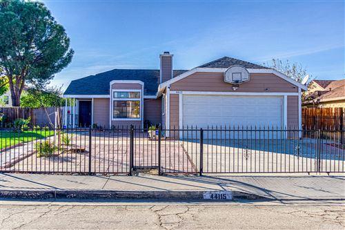 Photo of 44115 Dahlia Street, Lancaster, CA 93535 (MLS # 20009390)