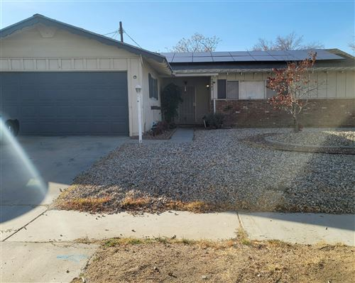 Photo of 43867 W Elm Avenue, Lancaster, CA 93534 (MLS # 21000398)