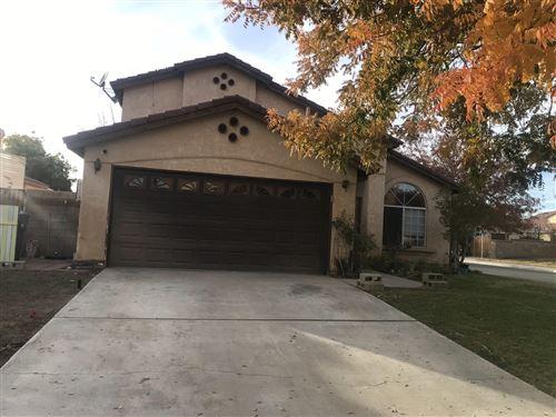 Photo of 43845 Fallon Drive, Lancaster, CA 93535 (MLS # 20009403)