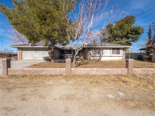 Photo of 16205 Newmont Avenue, Lancaster, CA 93535 (MLS # 21000404)