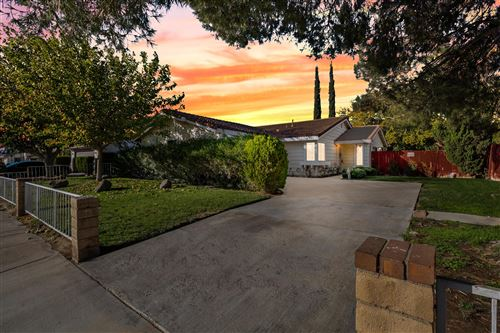 Photo of 4611 E Avenue R6, Palmdale, CA 93550 (MLS # 20009408)