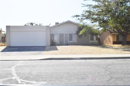 Photo of 42933 Alexo Drive, Lancaster, CA 93536 (MLS # 20000448)