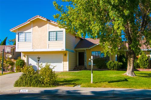 Photo of 2115 W Avenue K13, Lancaster, CA 93536 (MLS # 20002453)