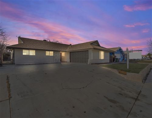 Photo of 45109 Lorimer Avenue, Lancaster, CA 93534 (MLS # 20000454)