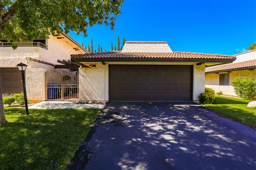 Photo of 211 Hawk Lane, Palmdale, CA 93551 (MLS # 20004454)