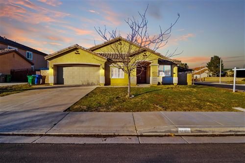 Photo of 1785 Sunshine Parkway, Palmdale, CA 93551 (MLS # 20000457)