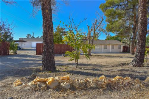 Photo of 42637 W 20th Street, Lancaster, CA 93534 (MLS # 21000463)