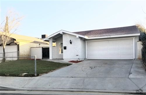 Photo of 3106 E Q-13, Palmdale, CA 93550 (MLS # 20000464)