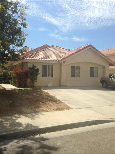 Photo of 44049 Sunview Court, Lancaster, CA 93535 (MLS # 20001466)