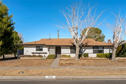 Photo of 1343 W Norberry Street, Lancaster, CA 93534 (MLS # 21000466)