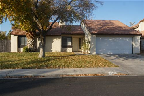Photo of 5373 Russ Place, Palmdale, CA 93552 (MLS # 19012470)