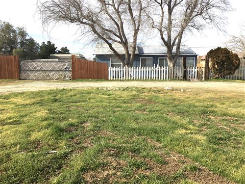 Photo of 38101 E 12th Street, Palmdale, CA 93550 (MLS # 20000481)