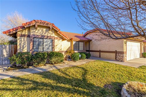 Photo of 1157 E Angela Court, Lancaster, CA 93535 (MLS # 21000486)
