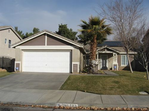 Photo of 45722 Barham Avenue, Lancaster, CA 93534 (MLS # 21000488)