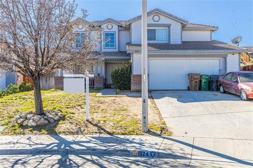 Photo of 1824 Quartzite Court, Palmdale, CA 93550 (MLS # 20001505)