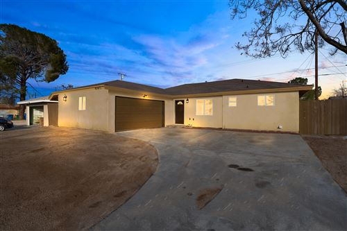 Photo of 45410 E 6th Street, Lancaster, CA 93535 (MLS # 20000535)