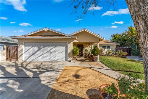 Photo of 43300 Fenner Avenue, Lancaster, CA 93536 (MLS # 21000539)