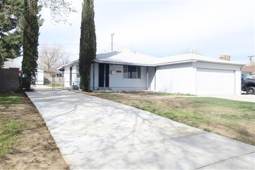 Photo of 45437 W 11th Street, Lancaster, CA 93534 (MLS # 20002544)
