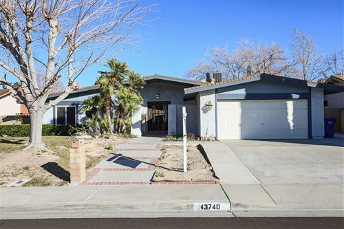 Photo of 43740 Sentry Lane, Lancaster, CA 93536 (MLS # 20000548)
