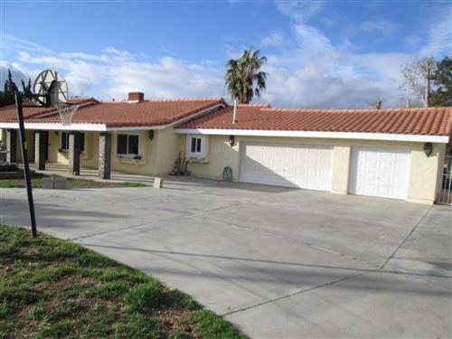 Photo of 1808 W Avenue O4, Palmdale, CA 93551 (MLS # 20002569)