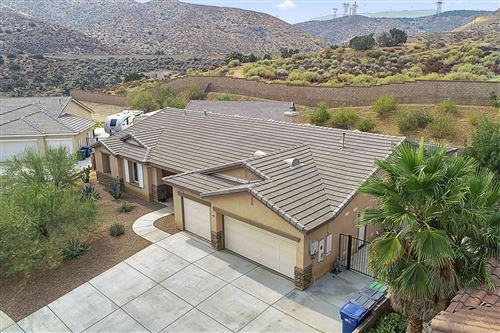 Photo of 40413 Tiger Way, Palmdale, CA 93551 (MLS # 20007575)