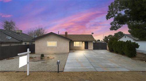 Photo of 5327 W Avenue L2, Lancaster, CA 93536 (MLS # 19012576)