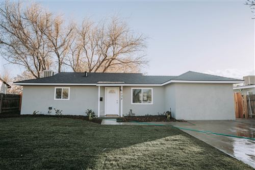 Photo of 1126 Norberry Street, Lancaster, CA 93534 (MLS # 21000579)
