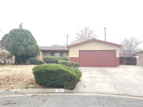 Photo of 530 E Norberry Street, Lancaster, CA 93535 (MLS # 19012580)