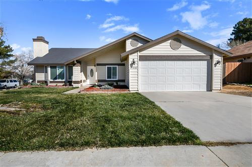 Photo of 37246 Crescent Court, Palmdale, CA 93550 (MLS # 20001583)