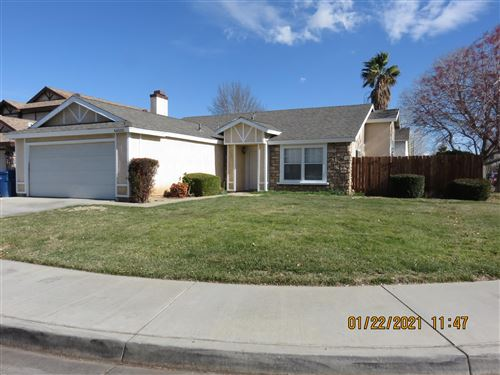 Photo of 44020 Sorrell Lane, Lancaster, CA 93535 (MLS # 21000594)