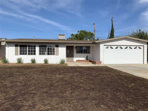 Photo of 1747 E Avenue Q6, Palmdale, CA 93550 (MLS # 19012595)