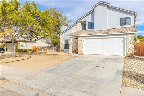 Photo of 37934 E 33rd Place, Palmdale, CA 93550 (MLS # 19012603)