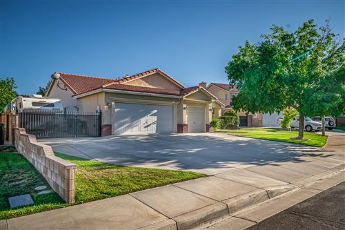 Photo of 2712 End Court, Lancaster, CA 93536 (MLS # 19012606)