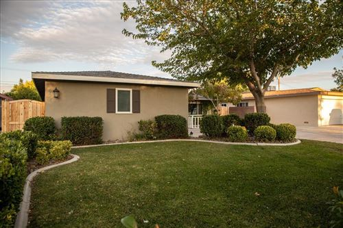 Photo of 44916 Harlas Avenue, Lancaster, CA 93534 (MLS # 20007617)