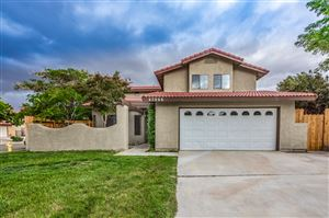 Photo of 43946 Rembrandt Street, Lancaster, CA 93535 (MLS # 19005641)
