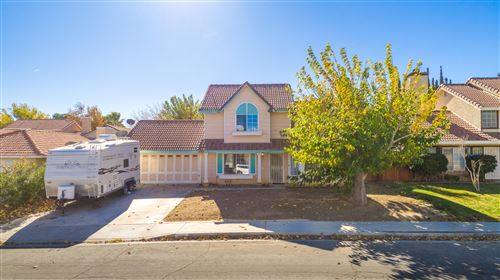 Photo of 3034 Dearborn Avenue, Palmdale, CA 93551 (MLS # 19012662)