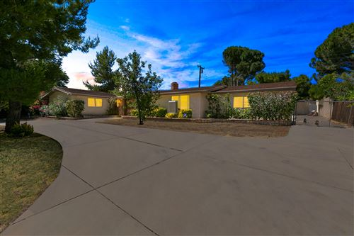 Photo of 42041 Ivesgrove Drive, Lancaster, CA 93536 (MLS # 20004669)