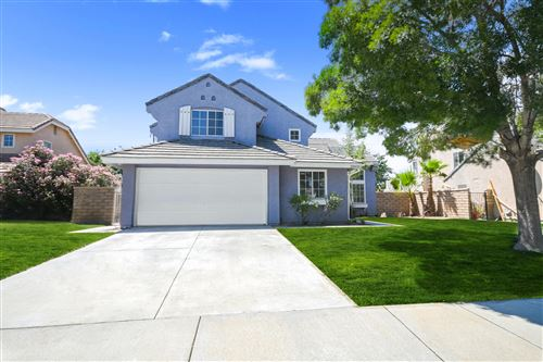 Photo of 39435 Daylily Place, Palmdale, CA 93551 (MLS # 19012672)
