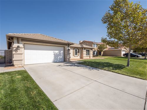 Photo of 2109 Slayton Street, Palmdale, CA 93551 (MLS # 20007672)